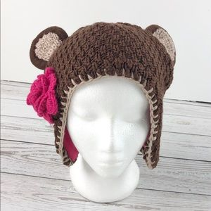 Knit bear hat with ears and rosette